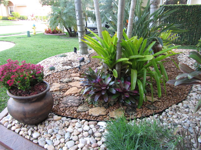 Inspiration gallery superior stone distributors naples fl for Landscaping rocks and plants